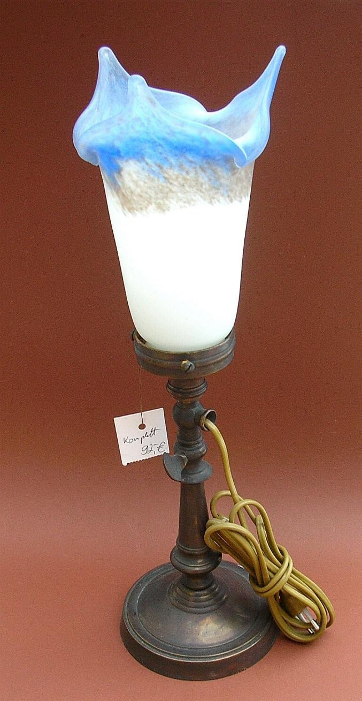 tischlampe messingfu mit schirm von art d france. Black Bedroom Furniture Sets. Home Design Ideas