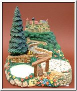 The Hummelscapes Collection - Castle On A Hill 16 cm